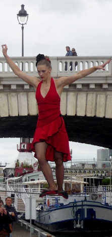 flamenc'a fil de fer equilibre echassiers spectacle parade animation cirque evenementiel (13)