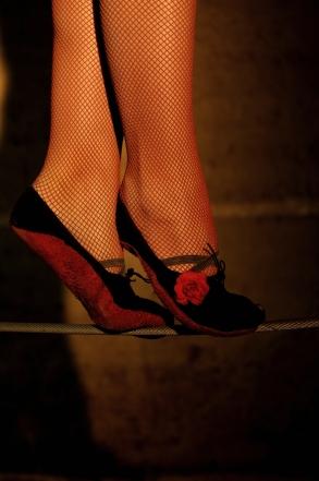 flamenc'a fil de fer equilibre echassiers spectacle parade animation cirque evenementiel (6)