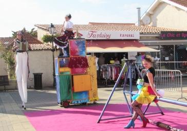 boite a merveilles spectacle cirque parade claquettes fil de fer tissu mat chinois danse musique live original merveilleux fantastique 1900 jonglerie (14)