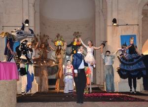 echassiers cirque parade spectacle 4 et 5 octobre saint andré de bage eglise romane cockatil dinatoire magie