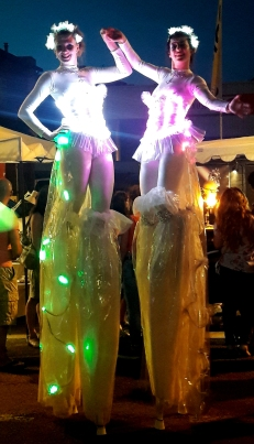 Diphylleia, echassiers, transparents, lumineux, leds, evenementiel, poetique (23)