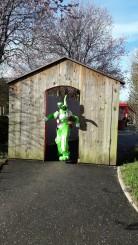 Lapinous' Foufous echassiers rebondissants loufoques parade animation evenementiel lapins fantaisie extravagance sautillants mascottes paques (1)
