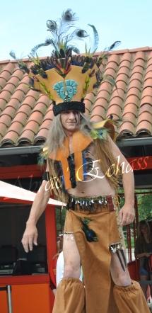 4 elements echassiers eau terre air feu sirene elfe maya cracheur de feu parade animation spectacle carnaval magique colores (27)