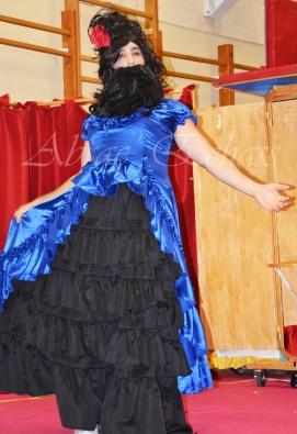 boite à merveilles spectacle rue cirque festival mat chinois fil de fer clowns jongleurs aerien girly kawai(111)