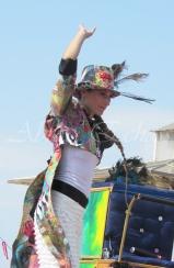 boite à merveilles spectacle rue cirque festival mat chinois fil de fer clowns jongleurs aerien girly kawai(196)