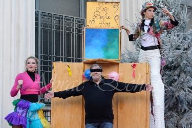 boite à merveilles spectacle rue cirque festival mat chinois fil de fer clowns jongleurs aerien girly kawai(23)