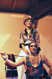 boite à merveilles spectacle rue cirque festival mat chinois fil de fer clowns jongleurs aerien girly kawai(60)