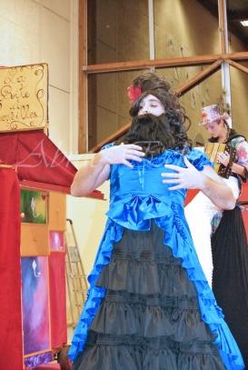 boite à merveilles spectacle rue cirque festival mat chinois fil de fer clowns jongleurs aerien girly kawai(96)