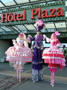 bulles de bonheur echassier parade colores festifs carnaval grandiose crinolines bulles de savon rose girly kawai (18)