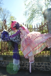 bulles de bonheur echassier parade colores festifs carnaval grandiose crinolines bulles de savon rose girly kawai (3)
