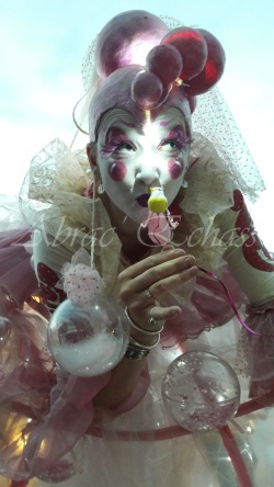 bulles de bonheur echassier parade colores festifs carnaval grandiose crinolines bulles de savon rose girly kawai (5)