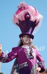 bulles de bonheur echassier parade colores festifs carnaval grandiose crinolines bulles de savon rose girly kawai (58)