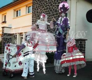 bulles de bonheur echassier parade colores festifs carnaval grandiose crinolines bulles de savon rose girly kawai (6)