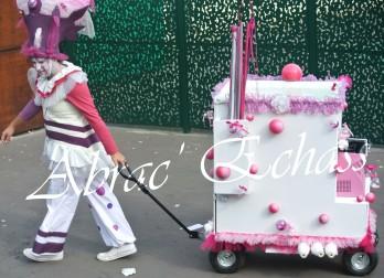 bulles de bonheur echassier parade colores festifs carnaval grandiose crinolines bulles de savon rose girly kawai (62)