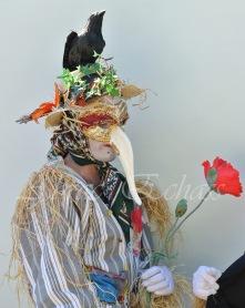 echass epouvantails echassiers venitiens paysans champetre campagne parade animation spectacle clowns danse (9)