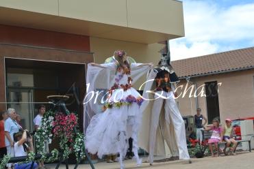 le songe de loeridis echassiers feeriques contes et merveilles spectacle fantastique parade animation elfes fees dragon loup echasses poes